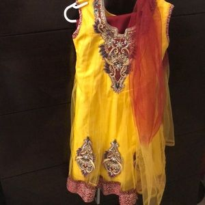 Never worn girls Indian top, pants matching scarf